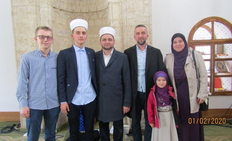 files/baneri/hafiz-sa-muhafizom-i-porodicom.jpg