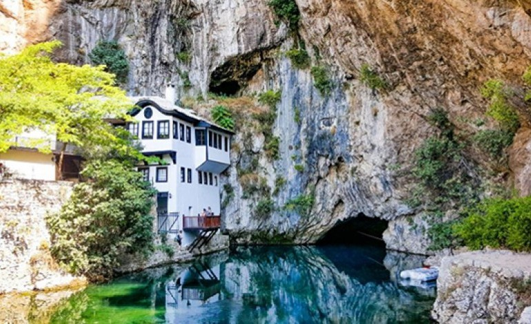 files/bosna/tekija-blagaj.jpg